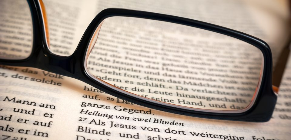 bible-book-close-up-267513